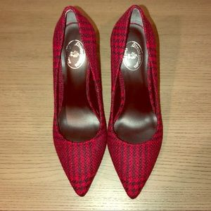 Brooks Brothers Red Plaid Wool Pumps size 9